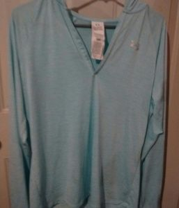Under Armour Baby Blue Long Sleeve Hoodie Sz L